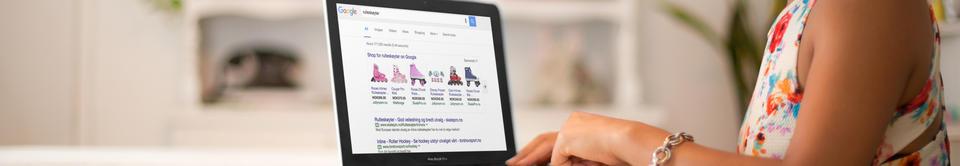 Skjermbilde med Google shopping annonser