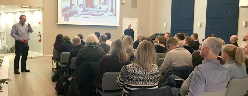 Presentasjon under kundeseminar i Oslo
